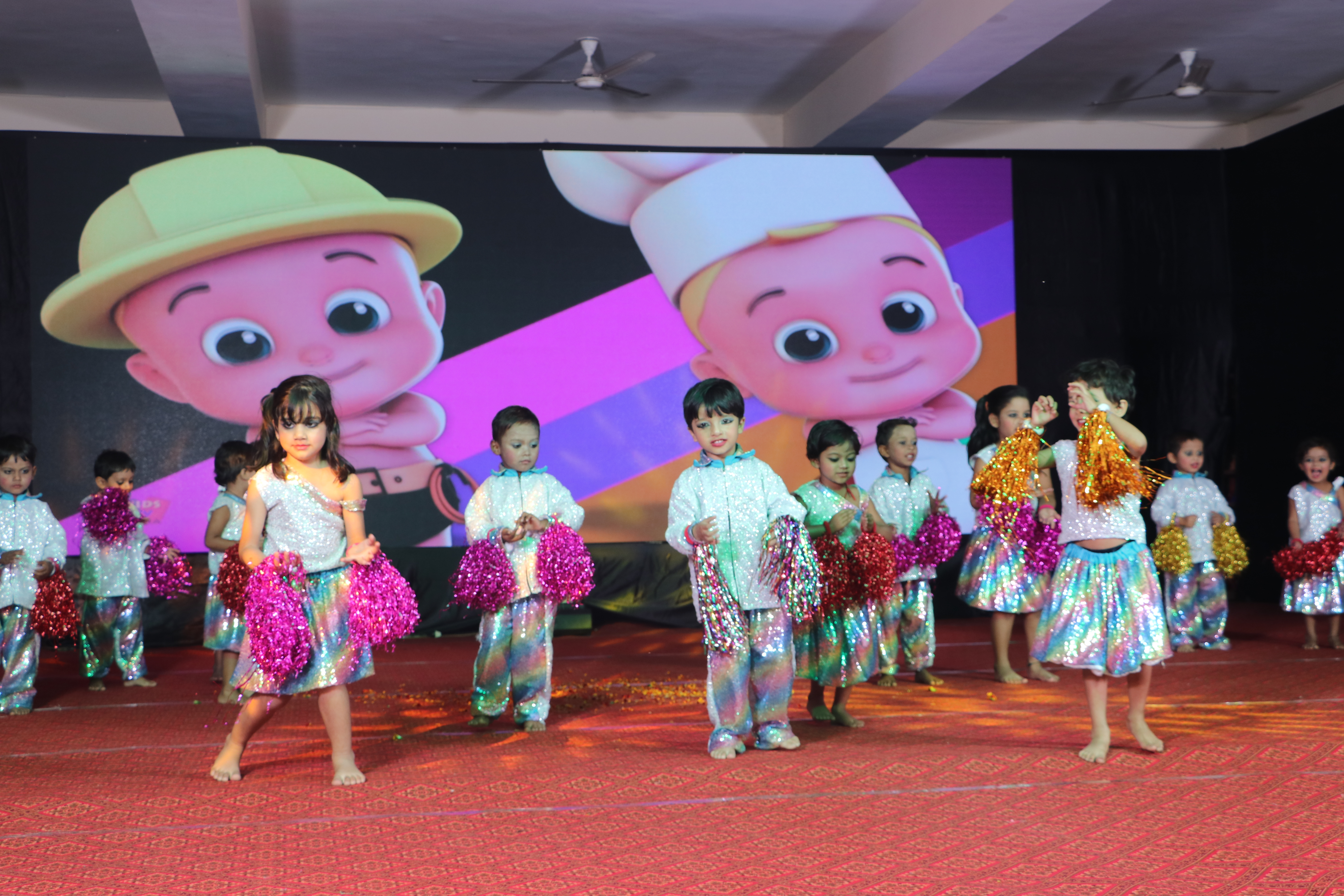 "Annual Function ""UTKARSH"" Chhota Baccha Song"